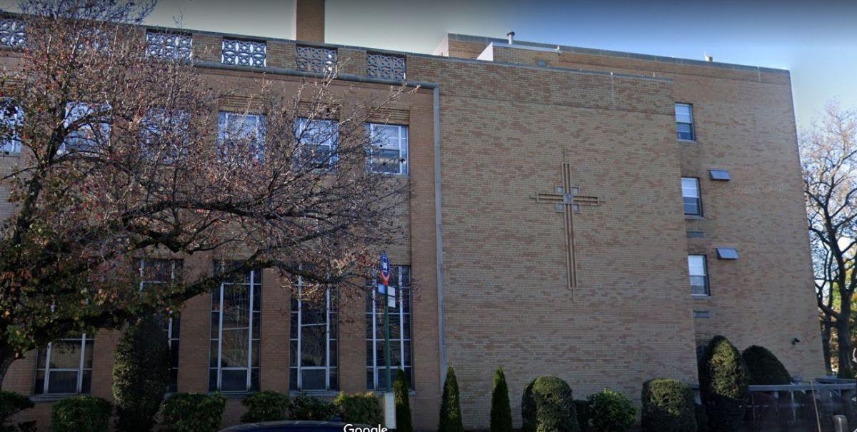 Diócesis Católica Romana de Brooklyn: 310 Prospect Park.