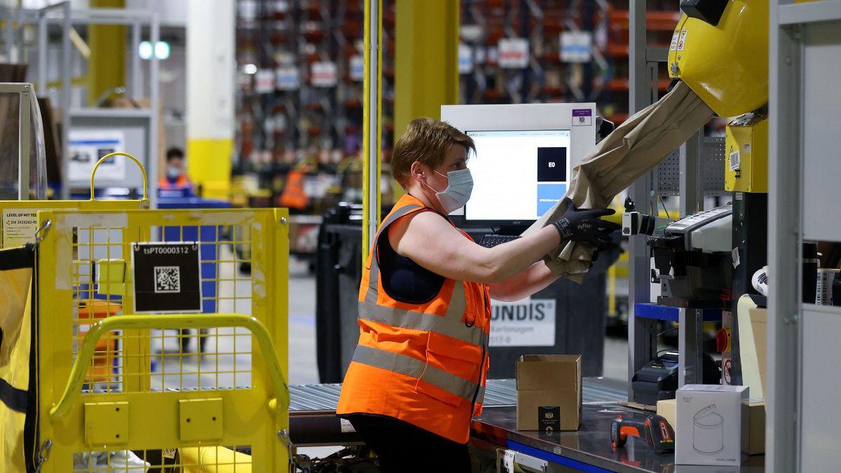 Amazon contratará a 75,000 personas con sueldos de $17 la hora en promedio