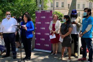 Exigen invertir más de $100 millones en inmigrantes dentro de planes de recuperación de la Ciudad de Nueva York
