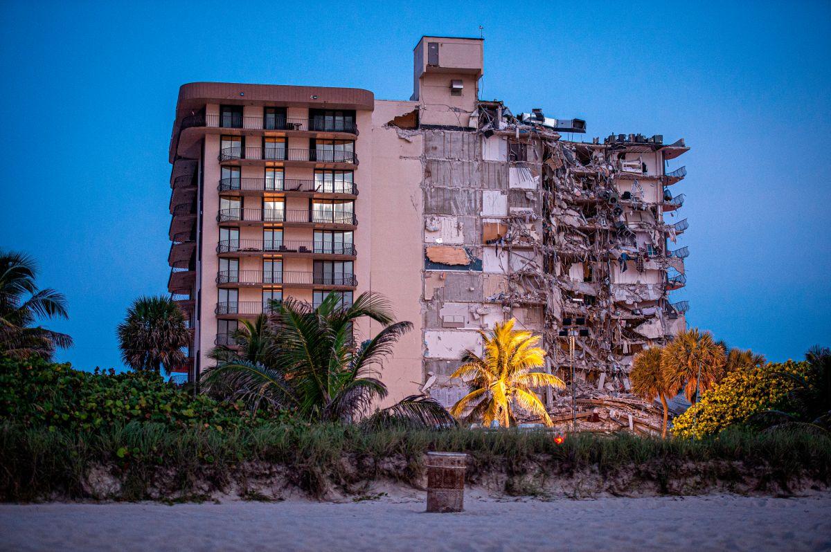 Videos del colapso en Miami y rescate de personas; los perros no han encontrado rastros