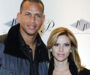 Alex Rodriguez estuvo muy juntito con su ex esposa Cynthia Scurtis ahora que Jennifer Lopez y Ben Affleck andan de amores