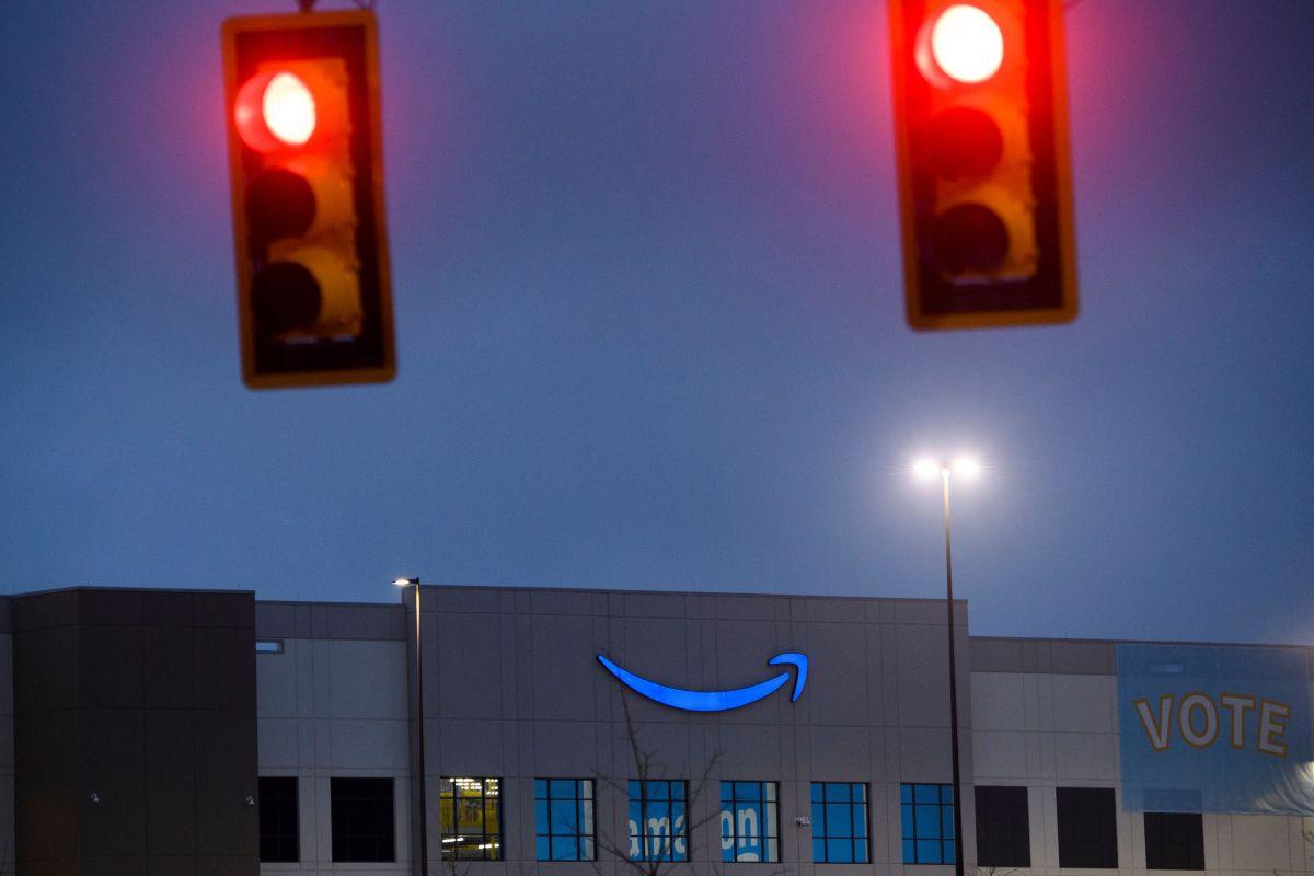 Video capta golpiza que repartidora de Amazon dio a clienta por apurarla con su pedido