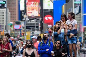 """Alcalde Bill de Blasio: """"La Ciudad de Nueva York está lista para la reapertura total"""""""