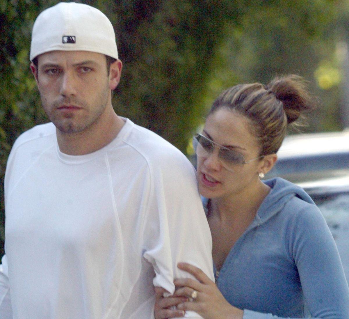 Jennifer López sale a la calle con una camisa de Ben Affleck, así se despidió de Miami y de A Rod