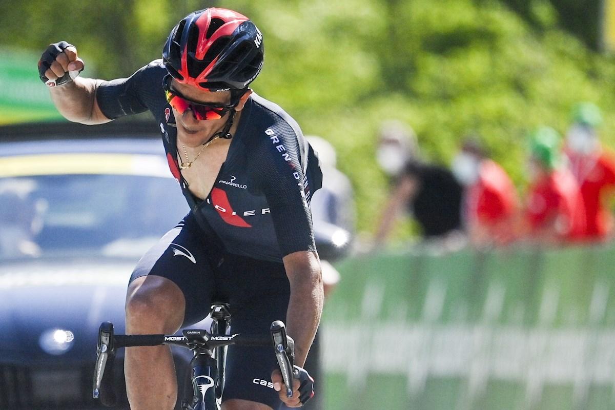 Richard Carapaz dio un golpe en la Vuelta a Suiza y se colocó líder de la general