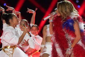 El cabello verde de la hija de Jennifer Lopez y Marc Anthony, Emme, es súper criticado en redes sociales