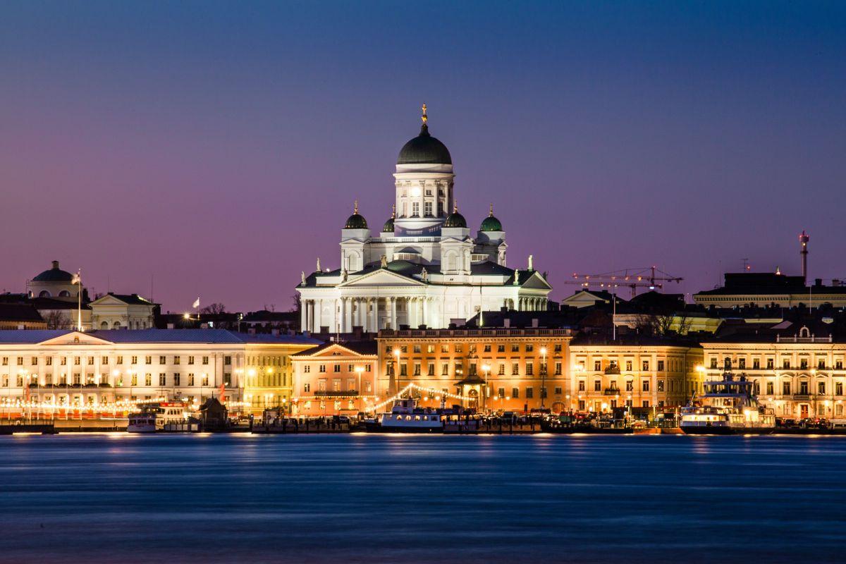 """Finlandia solicita migrantes para vivir en el país """"más feliz del mundo"""" con niveles de vida inigualables"""
