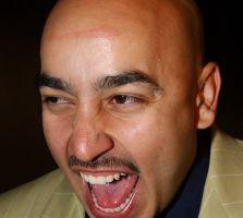 """Lupillo Rivera reacciona a las palabras de Christian Nodal y le dice: """"Yo comí primero en la mesa"""""""