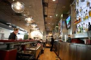 Cliente de restaurante en New Hampshire deja propina de $16,000 en cuenta de $37