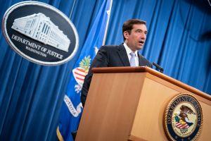 Jefe de seguridad del Departamento de Justicia abandona el cargo en medio de un escándalo sin precedentes