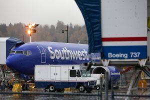 Southwest Airlines, la mayor aerolínea de bajo costo, canceló miles de vuelos por segundo día consecutivo