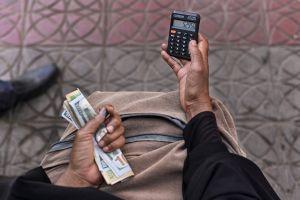 """La calculadora que te dice cuánto dinero recibirías a partir de julio 15 bajo extensión del """"Crédito tributario por hijos"""""""