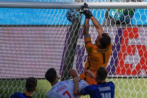 Imperdible: el terrible error de Martin Dubravka que encaminó la goleada de España sobre Eslovaquia