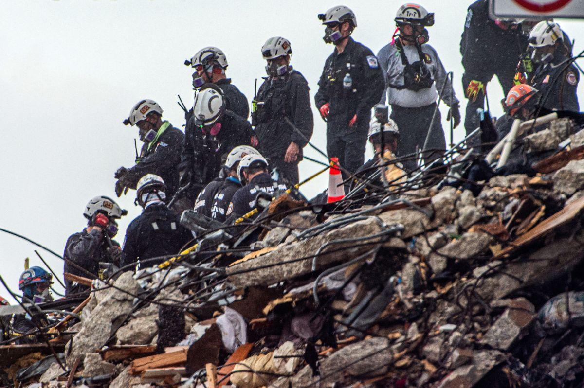Quedan 14 desaparecidos aún en el derrumbe.