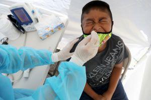 Niños, representan cerca del 20% de casos positivos de coronavirus en Estados Unidos