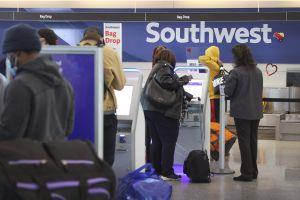 Aerolíneas como Southwest Airlines y United Airlines entre las compañías afectadas por nuevo apagón de internet a nivel mundial