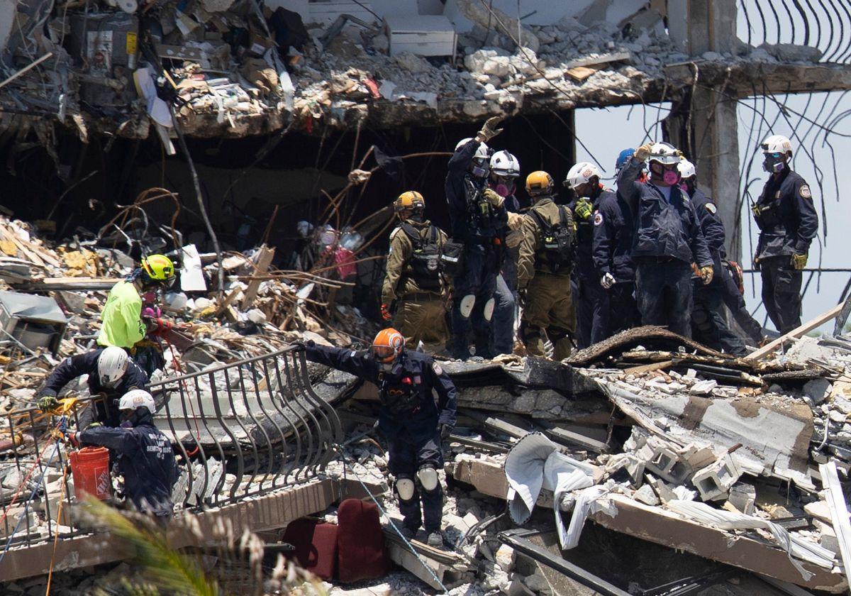Las labores de rescate no han parado desde el jueves a las 2:00 a.m.