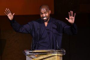 Se acabó todo: Kanye West deja de seguir a las hermanas de Kim Kardashian en Instagram