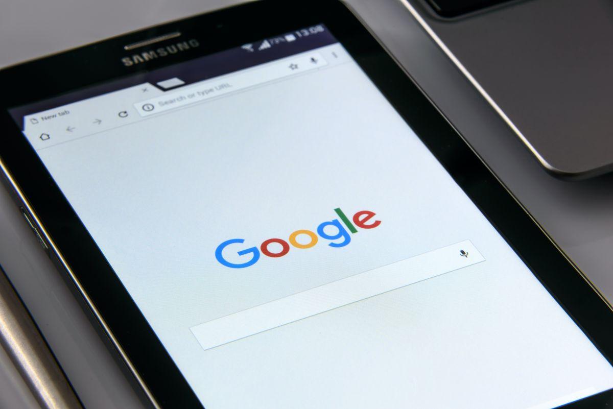 En Europa, Google es investigada por prácticas de monopolio publicitario y editores de prensa lo celebran