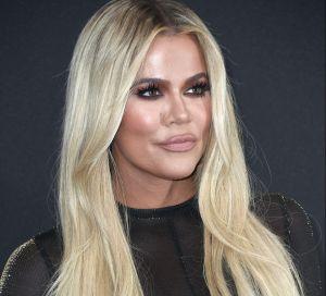 Khloé Kardashian jura que solo se ha hecho una cirugía