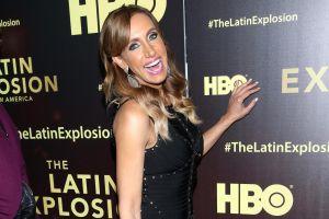 Lili Estefan se desata bailando en traje de baño y yate de lujo