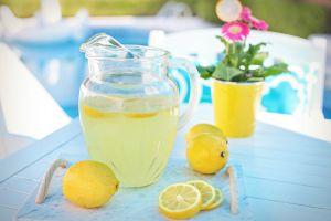 Limonada con azúcar en exceso, causante de afecciones cardiovasculares, diabetes y cáncer