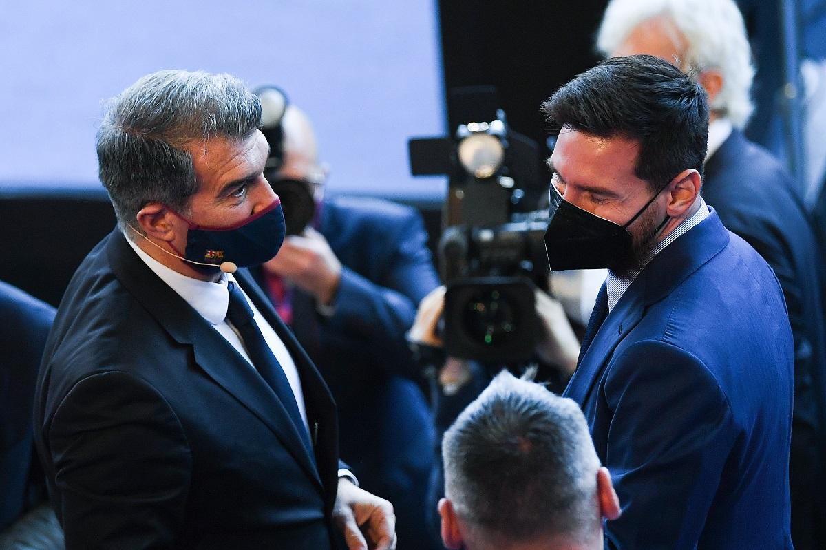 """Negociaciones de Messi con el Barcelona: """"Sabemos que se quiere quedar, pero tiene otras propuestas"""""""