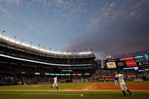 El Yankee Stadium retorna a 'full' capacidad de fanáticos este viernes y el Citi Field el lunes