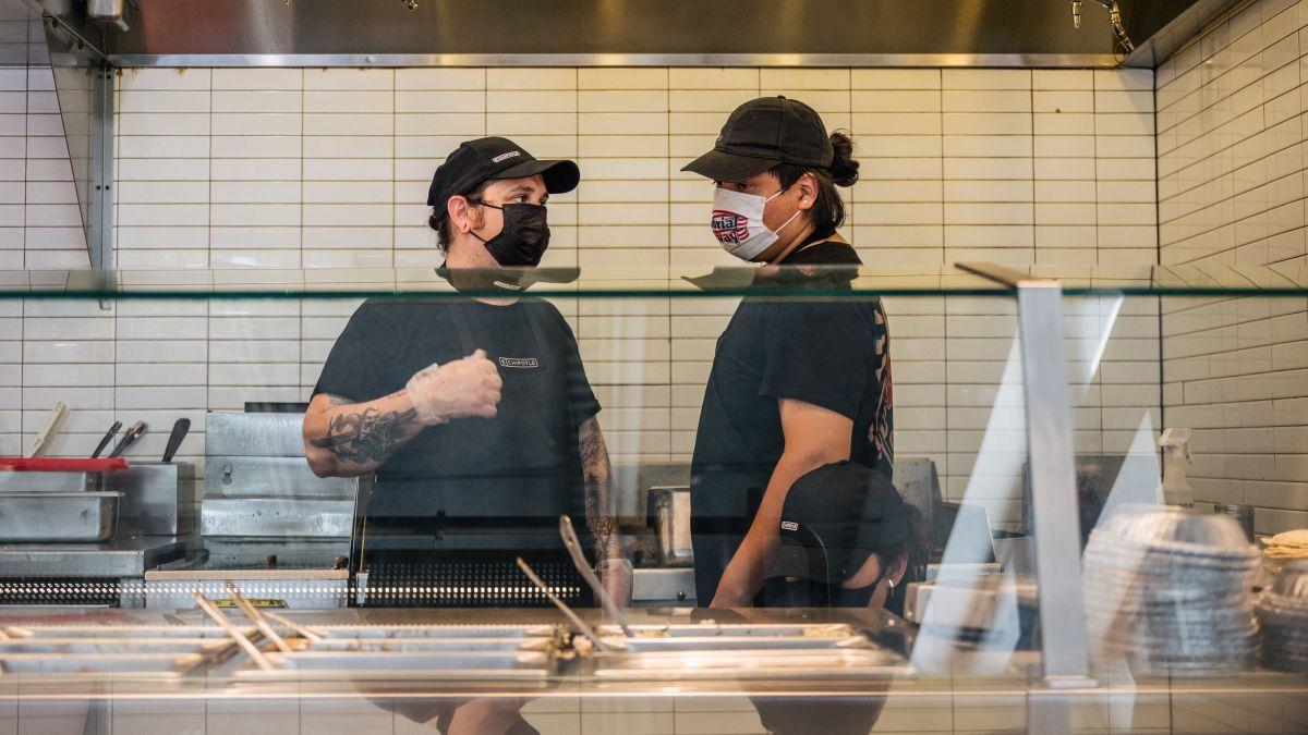 McDonald's enfrenta demanda por usar inteligencia artificial sin permiso de los clientes