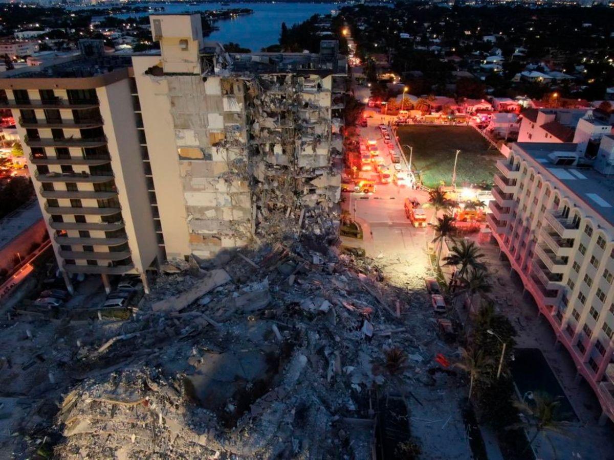 Sube a 3 la cifra de muertos en el edificio derrumbado en Miami, continuarán tareas de rescate durante la noche