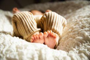 Joven lanzó a su bebé a un barranco para ya no pagar pensión