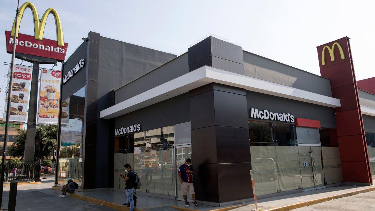 McDonald's gana más con sus bienes raíces que por vender hamburguesas
