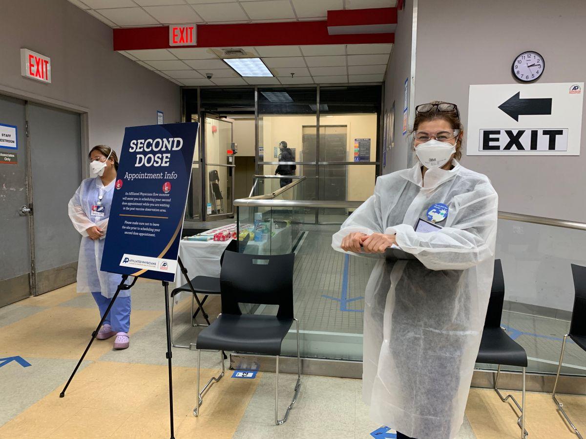 Aumentan contagios de COVID en Nueva York por variante Delta y piden vacunarse