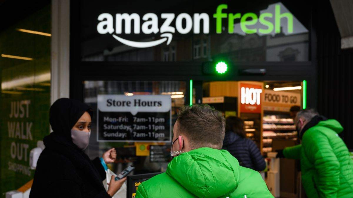 Las tiendas Amazon Fresh ofrecen una amplia gama de marcas nacionales, incluidos artículos que nunca vería en Whole Foods.