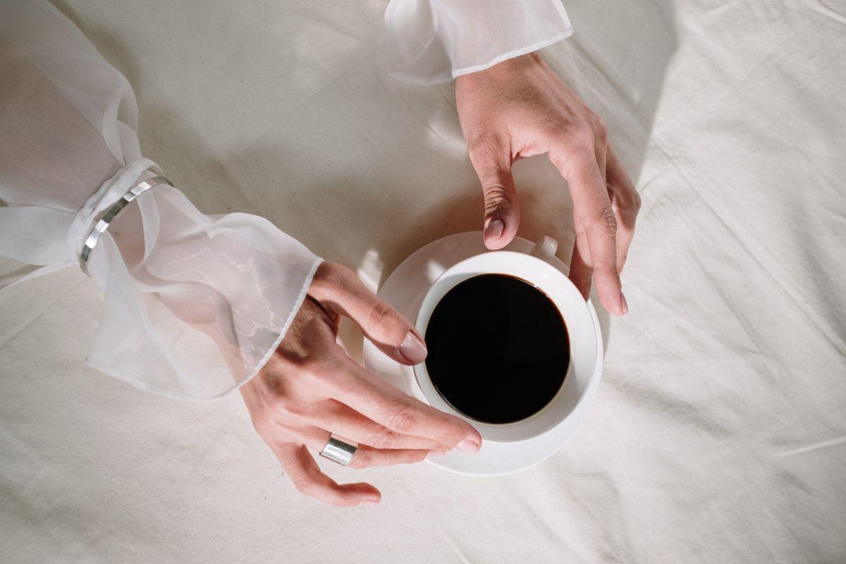 Covid-19: beber café y comer más vegetales, dos hábitos cotidianos que brindan protección extra
