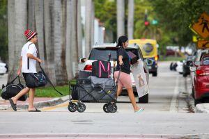 Ordenan evacuación inmediata de un edificio de condominios en North Miami Beach por condiciones inseguras