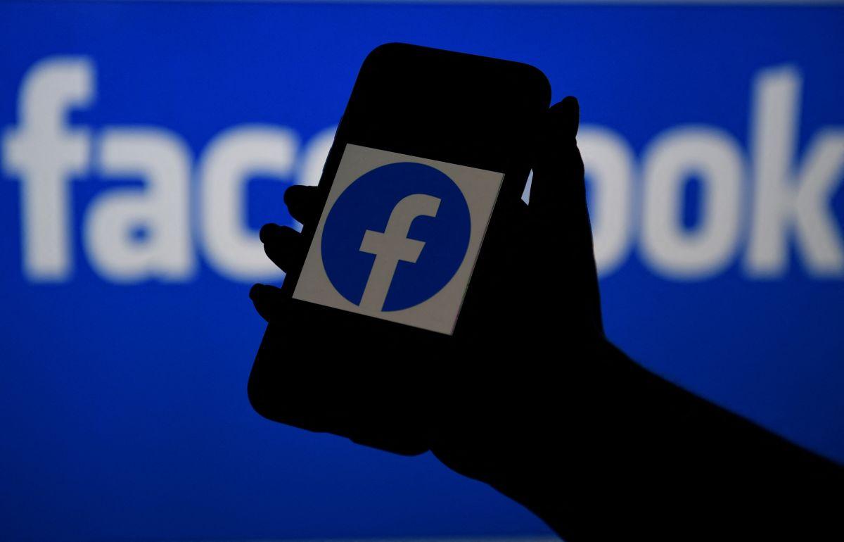Compartir información privada en redes sociales implica un riesgo a pesar de las políticas de seguridad que se ofrecen.