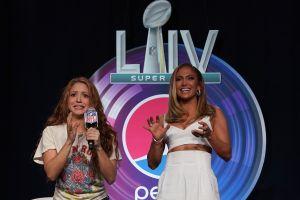 Jennifer López vence a Shakira: lanzan nueva canción y se destapan en el video, pero JLo se lleva las vistas