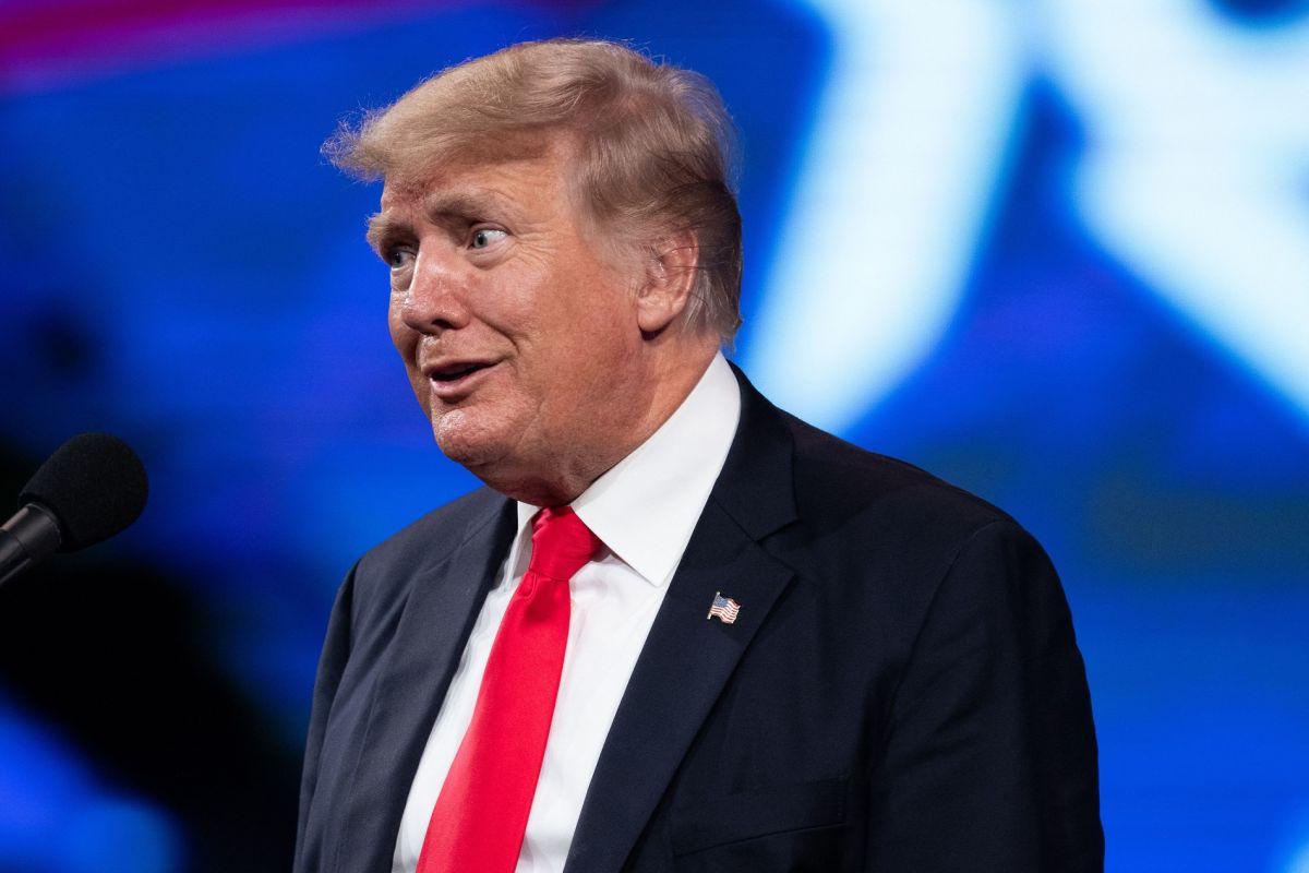 El expresidente Trump participó en una conferencia conservadora en Dallas.