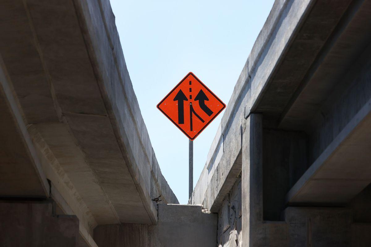 Esta es la segunda vez que la adolescente amenaza con lanzarse del puente sobre la carretera interestatal 95 en Flager, Florida.