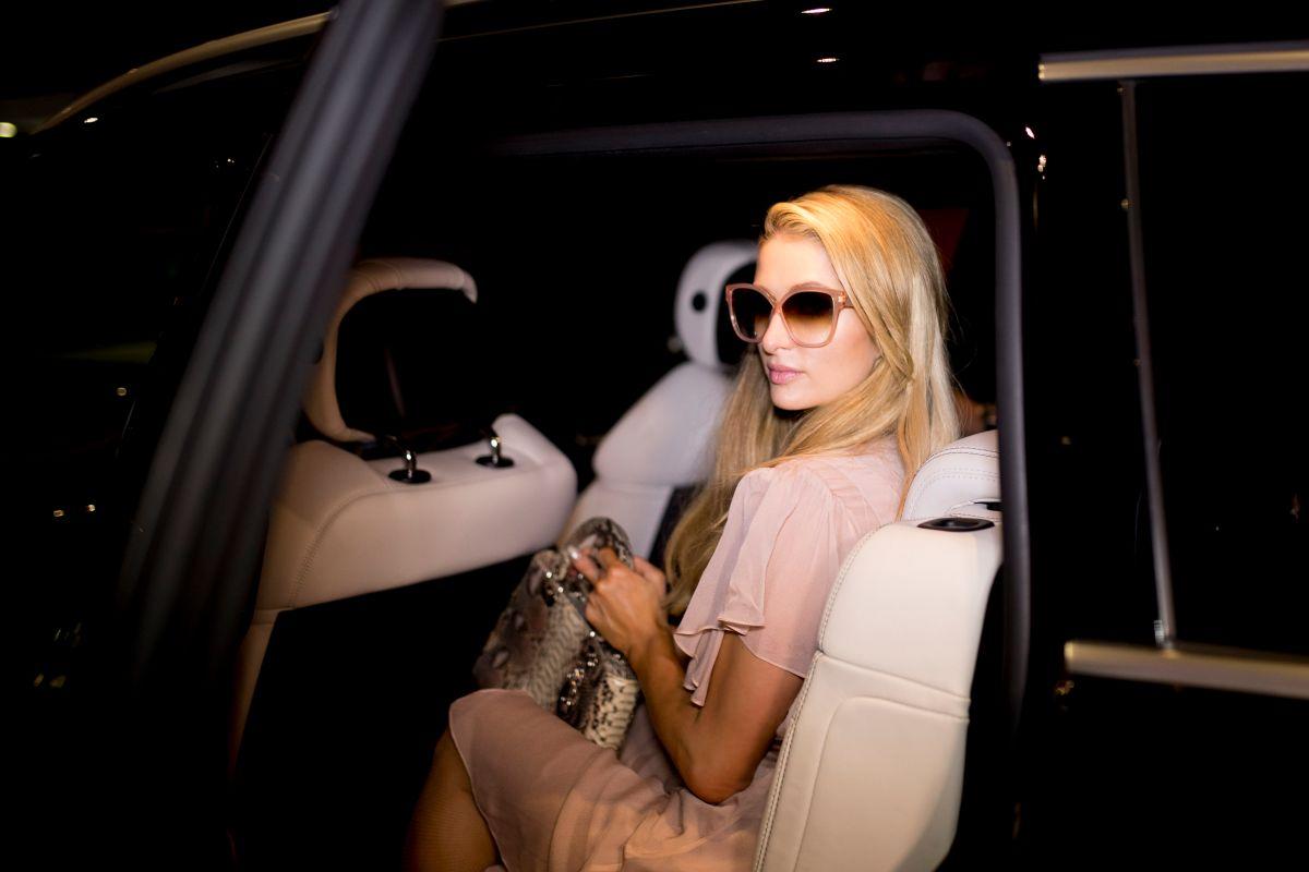 Paris Hilton no está embarazada.