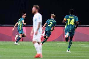 Golpe de realidad: Argentina fue sorprendida por Australia en su debut en Tokio 2020