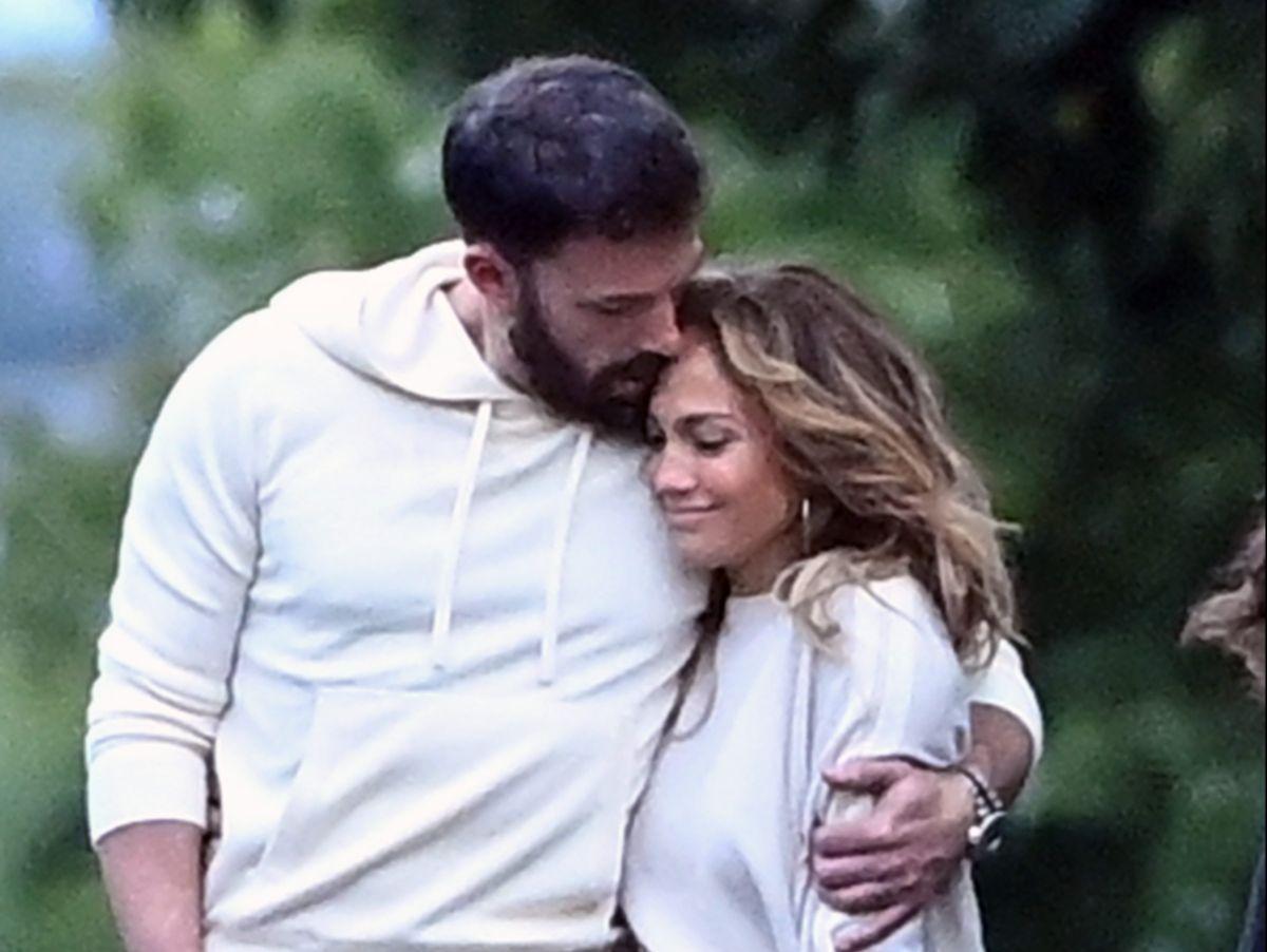 Revelan que la relación de Jennifer Lopez y Ben Affleck va para largo y que quieren un futuro juntos.