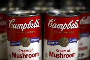 Las icónicas latas de sopa Campbell cambian después de 50 años