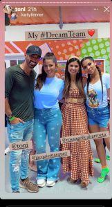 Toni Costa y sus amigas venezolanas.