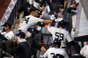 Reportaron varios casos de COVID-19 en los Yankees y se suspendió el juego contra Boston