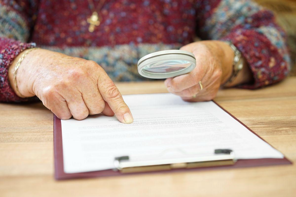 Anciana de 95 años es víctima de robo; pierde $122 mil, los ahorros de toda su vida