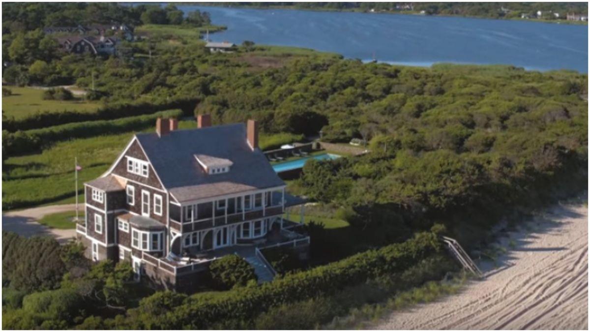 Así es por dentro la considerada como 'casa de playa por excelencia' de los Hamptons