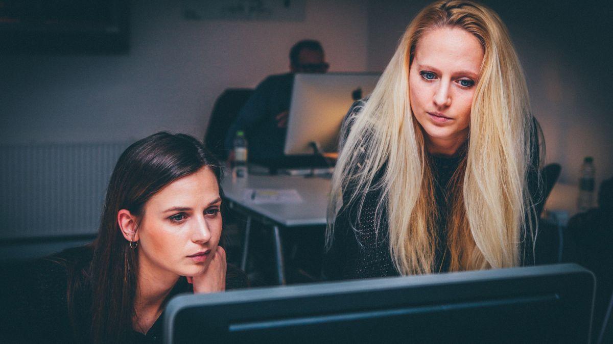 El 38% de las mujeres en todo el mundo han experimentado algún tipo de abuso en internet.