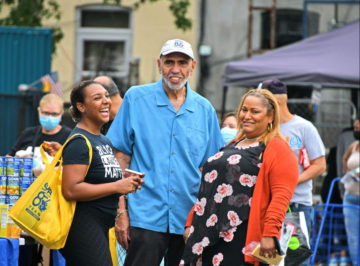 Dominicanos festejarán con desfile híbrido en la ciudad de Nueva York por precaución ante el COVID-19